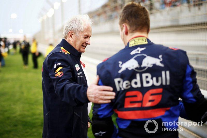Helmut Marko, Consultant, Red Bull Racing, avec Daniil Kvyat, Toro Rosso