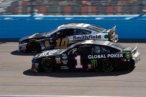 Kurt Busch, Chip Ganassi Racing, Chevrolet Camaro Global Poker and Aric Almirola, Stewart-Haas Racing, Ford Mustang Smithfield