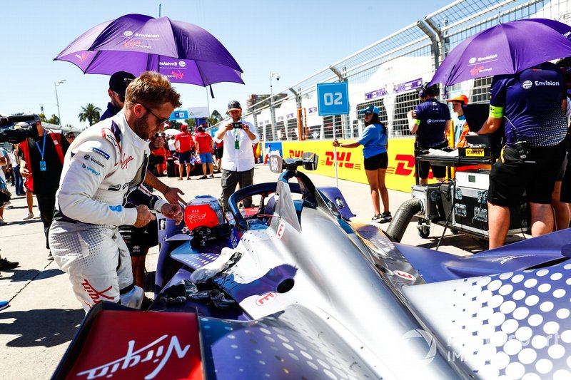 Sam Bird, Envision Virgin Racing, prepares to get into his Audi e-tron FE05