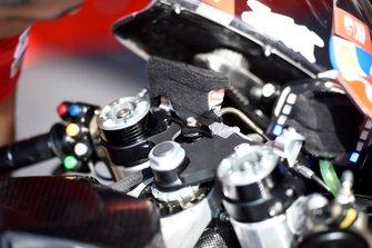 Ducati bike, suspension lock switch