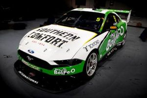Ford Mustang, Lee Holdsworth, Tickford Racing