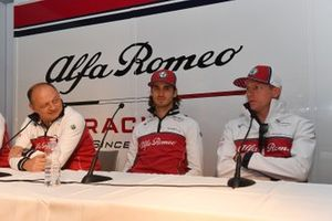 Frederic Vasseur, Alfa Romeo Racing, Team Principal, Antonio Giovinazzi, Alfa Romeo Racing and Kimi Raikkonen, Alfa Romeo Racing in a Press conference