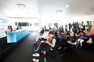 Simon Evans, Team Asia New Zealand, Cacá Bueno, Jaguar Brazil Racing,Bryan Sellers, Rahal Letterman Lanigan Racing, Sérgio Jimenez, Jaguar Brazil Racing, in the press conference