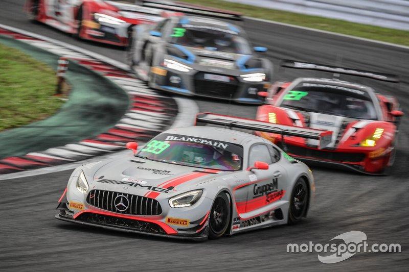 Aksi balapan GT3