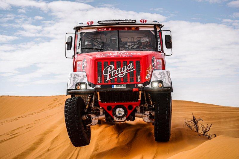 #502 InstaForex Loprais Team Tatra: Ales Loprais, Petr Pokora, Khalid Alkendi