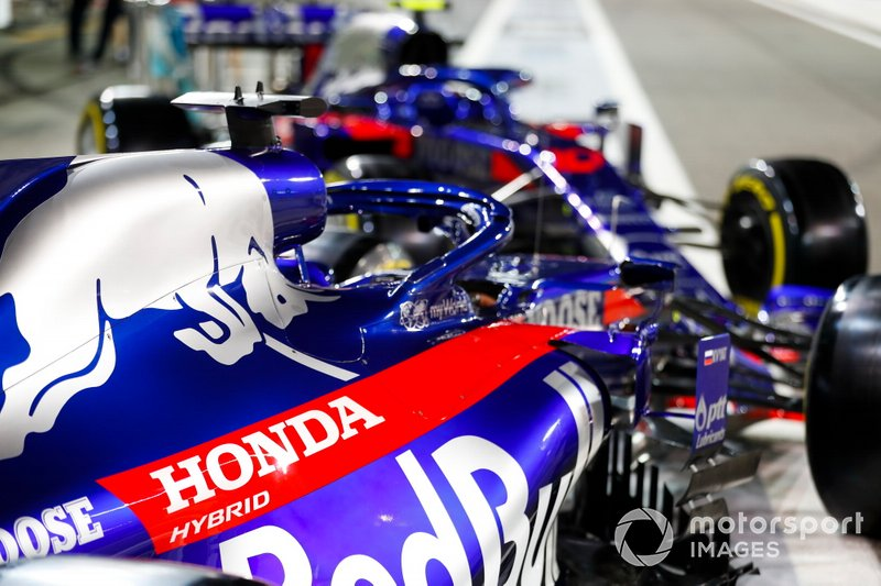 A pair of Toro Rosso STR14 cars