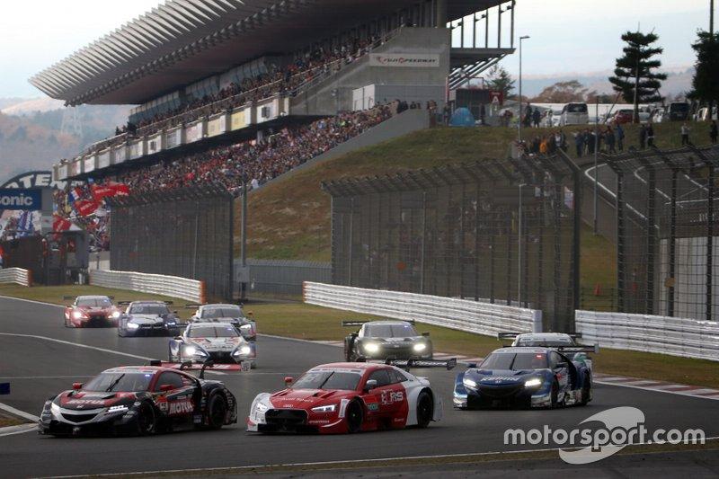 Daisuke Nakajima, Team Mugen Honda NSX-GT, Rene Rast, Audi Sport Team Rosberg Audi RS5 DTM