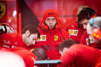 Simpone Resta in Ferrari boxes