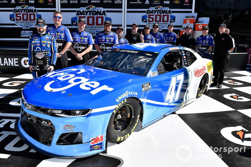 1. Ricky Stenhouse Jr., JTG Daugherty Racing, Chevrolet Camaro Kroger wins the pole for the Daytona 500