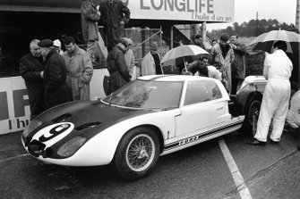 Jo Schlesser, Ford GT40
