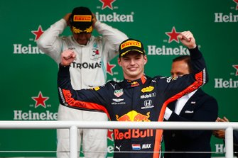 Race winner Max Verstappen, Red Bull Racing and Lewis Hamilton, Mercedes AMG F1 celebrate on the podium