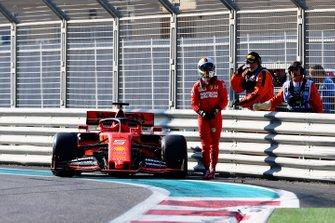 Sebastian Vettel, Ferrari SF90, chocado
