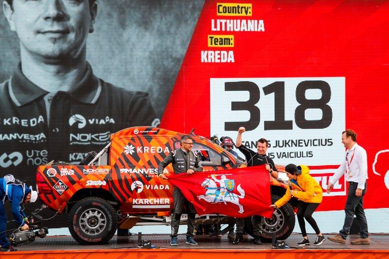 #318 VSI Dakaras LT Toyota: Antanas Juknevicius, Darius Vaiciulis