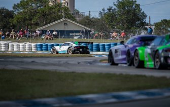 #16 Wright Motordports Porche 911 GT3 R: Ryan Hardwick, Maxwell Root, Jay Heylens