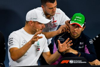 Valtteri Bottas, Mercedes AMG F1 andSergio Perez, Racing Point In the Press Conference