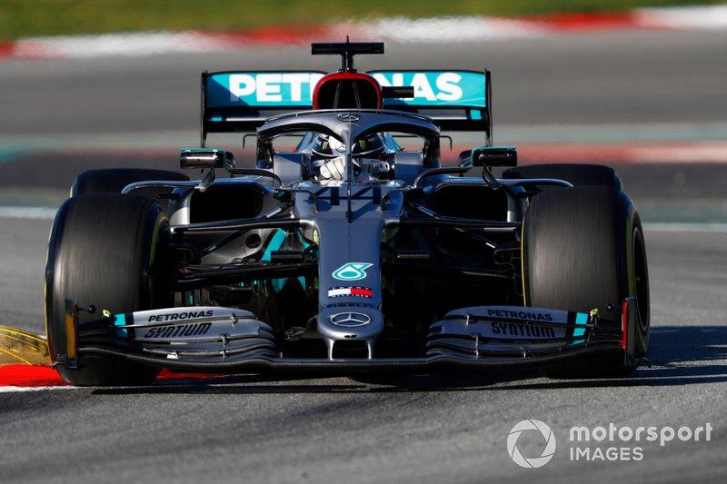 Lewis Hamilton, Mercedes F1 W11: 466 (2169 km)