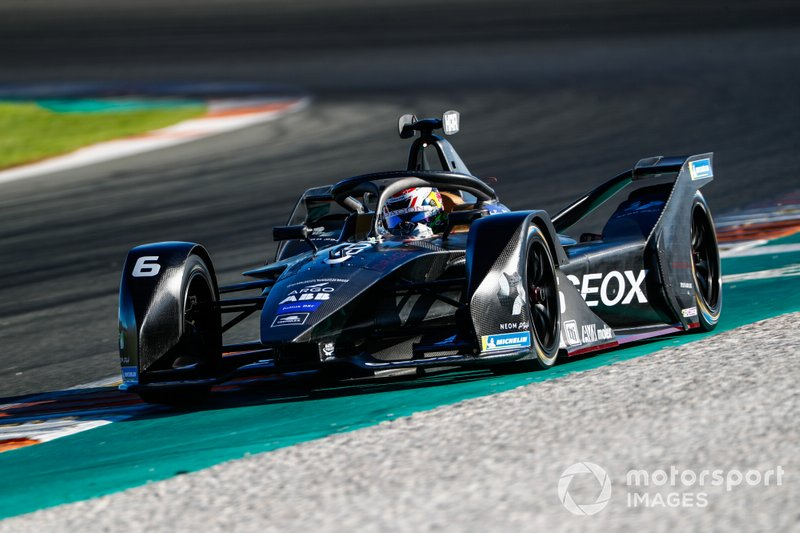 14º Brendon Hartley, GEOX Dragon, Penske EV-4 (1:15.592)