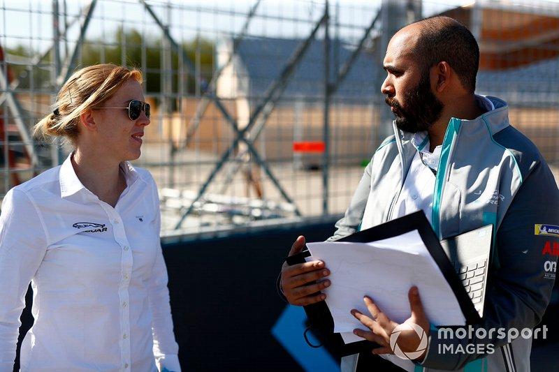 Alice Powell, Jaguar Ran Racing eTROPHY Team Germany on the track walk