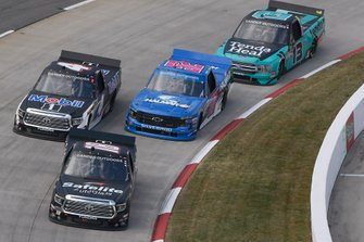 Harrison Burton, Kyle Busch Motorsports, Toyota Tundra Safelite AutoGlass, Todd Gilliland, Kyle Busch Motorsports, Toyota Tundra Mobil 1, Stewart Friesen, Halmar Friesen Racing, Chevrolet Silverado Halmar International, Johnny Sauter, ThorSport Racing, Ford F-150 Tenda Heal