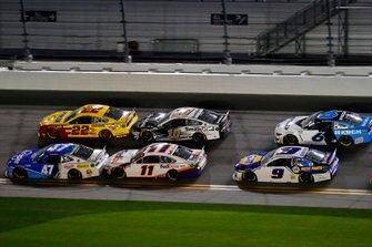 Ricky Stenhouse Jr., JTG Daugherty Racing, Chevrolet Camaro Kroger and Joey Logano, Team Penske, Ford Mustang Shell Pennzoil