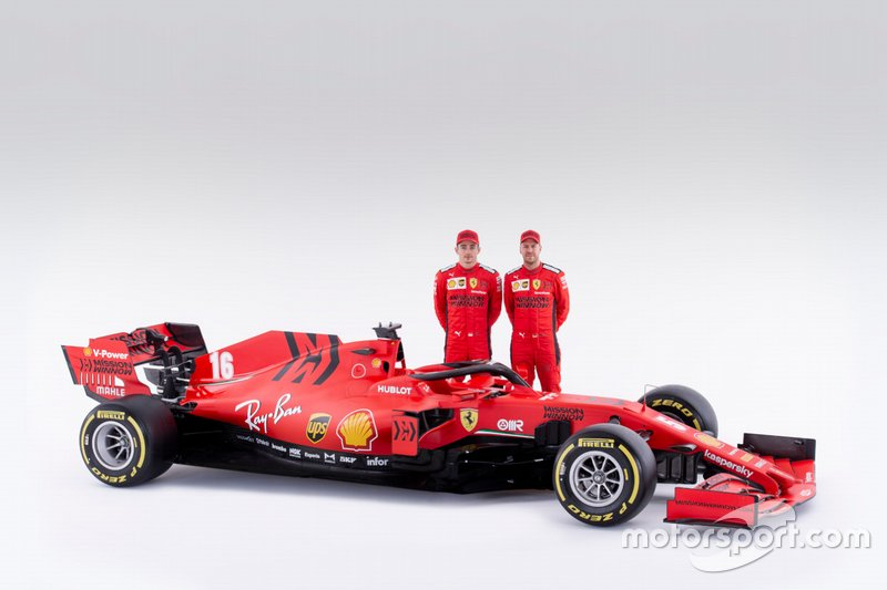 Sebastian Vettel e Charles Leclerc con la Ferrari SF1000