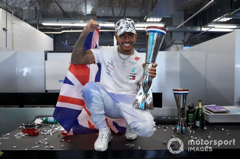 Lewis Hamilton, Mercedes AMG F1, celebrates winning the world championship