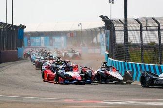 Edoardo Mortara, Venturi, EQ Silver Arrow 01 side by side with Jérôme d'Ambrosio, Mahindra Racing, M6Electro