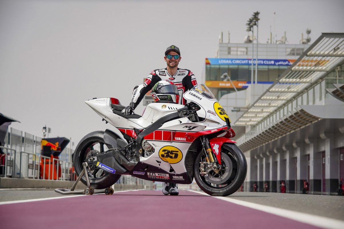 Cal Crutchlow, collaudatore Yamaha Factory Racing MotoGP con la Yamaha YZR-M1, livrea speciale per il 60esimo anniversario