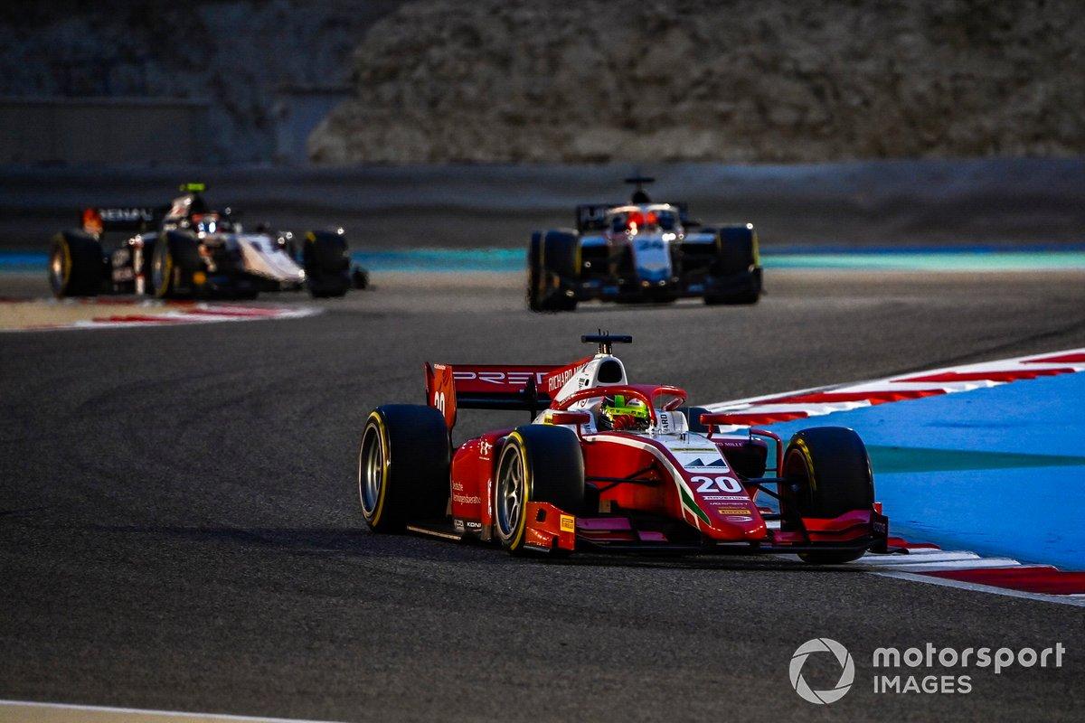Mick Schumacher, Prema Racing, precede Nikita Mazepin, Hitech Grand Prix, e Christian Lundgaard, ART Grand Prix