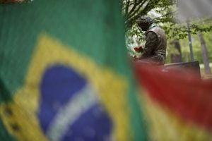 Statue d'hommage à Ayrton Senna