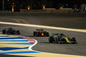 Esteban Ocon, Renault F1 Team R.S.20, Max Verstappen, Red Bull Racing RB16, and Valtteri Bottas, Mercedes F1 W11