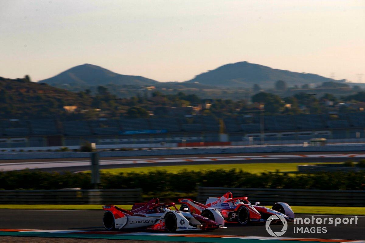 Nico Muller, Dragon Penske Autosport, Penske EV-4, Alex Lynn, Mahindra Racing, M7Electro