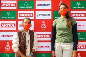 Mashael Alobaidan, Dania Akeel, Saudian female driver for 2022 Dakar