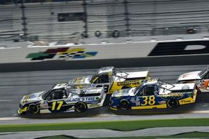 David Gilliland, David Gilliland Racing, Ford F-150 Black's Tire, Todd Gilliland, Front Row Motorsports, Ford F-150 Speedco