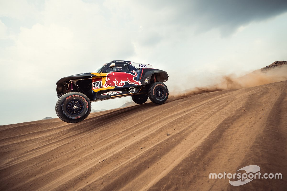 #300 X-Raid Mini JCW Team: Carlos Sainz, Lucas Cruz