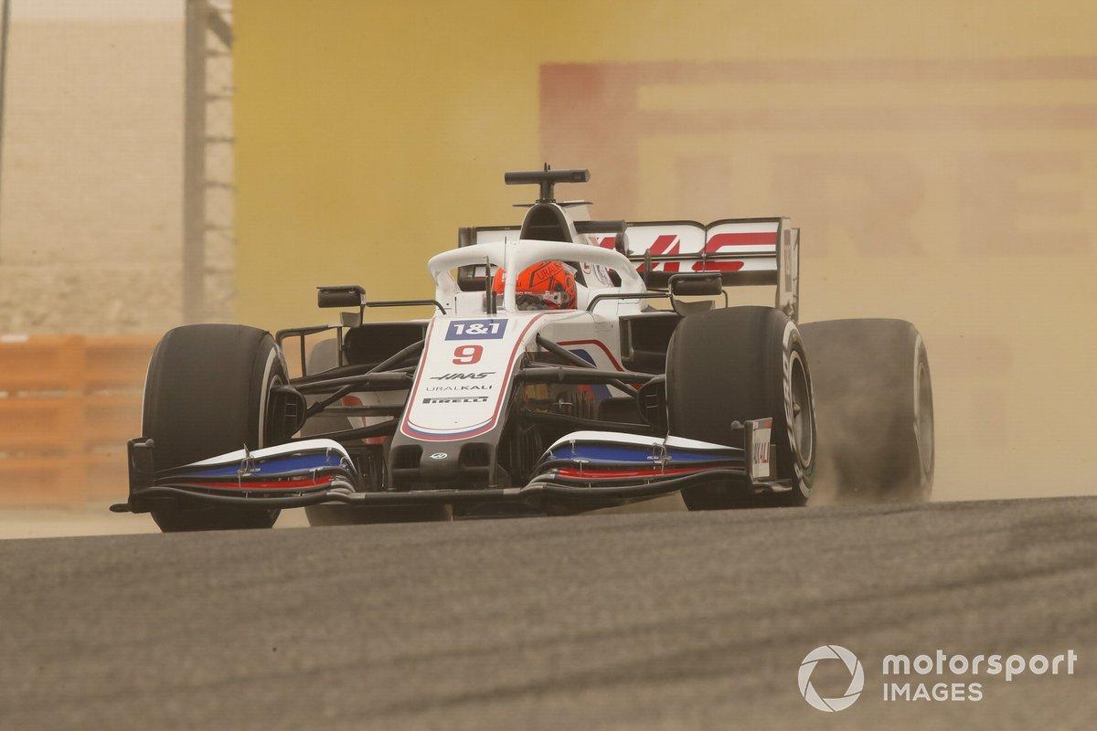 3. Nikita Mazepin, Haas VF-21: 213 vueltas (1152,756 km)