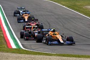 Lando Norris, McLaren MCL35M, Sergio Perez, Red Bull Racing RB16B, Carlos Sainz Jr., Ferrari SF21, Daniel Ricciardo, McLaren MCL35M, and Lance Stroll, Aston Martin AMR21