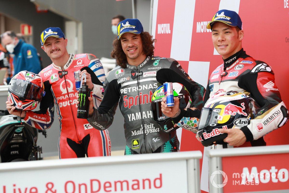 Los 3 primeros de la calificación: segundo Jack Miller, Pramac Racing, ganador de la pole Franco Morbidelli, Petronas Yamaha SRT y tercero Takaaki Nakagami, Team LCR Honda