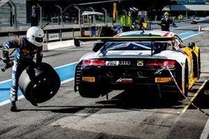 #25 Sainteloc Racing Audi R8 LMS GT3: Markus Winkelhock, Dorian Boccolacci, Christopher Haase
