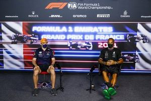Max Verstappen, Red Bull Racing and Lewis Hamilton, Mercedes in the Press Conference