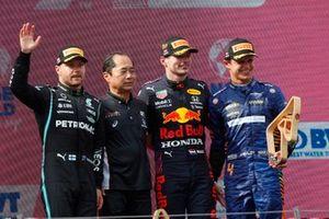 Valtteri Bottas, Mercedes, 2nd position, Toyoharu Tanabe, F1 Technical Director, Honda,Max Verstappen, Red Bull Racing , 1st position, and Lando Norris, McLaren, 3rd position, on the podium
