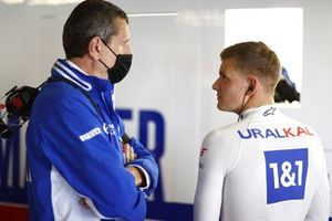 Guenther Steiner, Team Principal, Haas F1, with Mick Schumacher, Haas F1