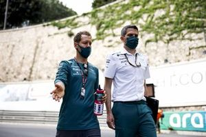 Sebastian Vettel, Aston Martin, walks the circuit with team mates