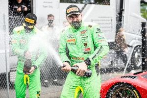 #63 Leo Machitski / Dennis Lind - Barwell Motorsport Lamborghini Huracan GT3 Evo celebrates with the champagne
