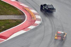 Kurt Busch, Chip Ganassi Racing, Chevrolet Camaro Monster Energy and Kyle Busch, Joe Gibbs Racing, Toyota Camry M&M's Mix