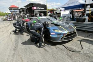 #23 Heart of Racing Team Aston Martin Vantage GT3, GTD: Ross Gunn, Roman De Angelis