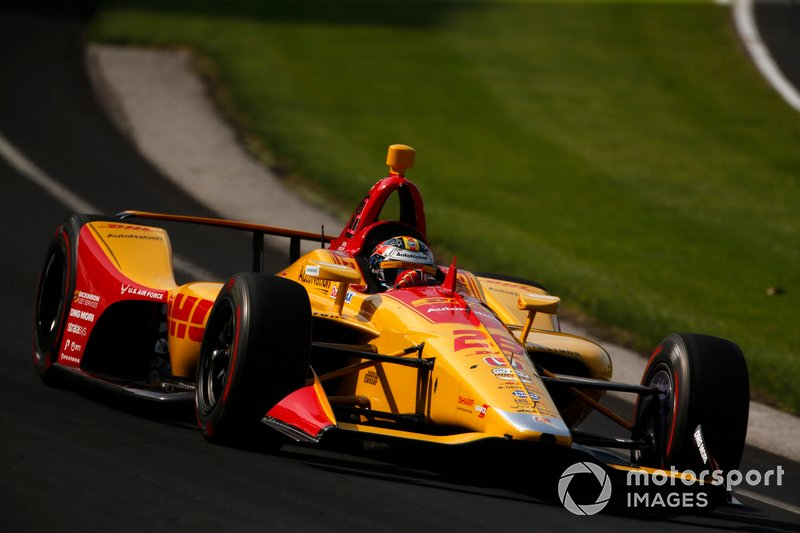 22. №28 Райан Хантер-Рей, DHL, Andretti Autosport Honda: 227,877 миль/ч