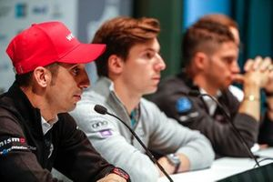 Sébastien Buemi, Nissan e.Dams, alla conferenza stampa con Alex Lynn, Panasonic Jaguar Racing, Edoardo Mortara, Venturi Formula E