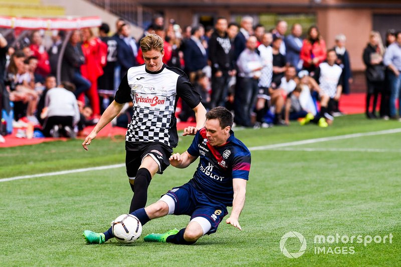Mick Schumacher plays football