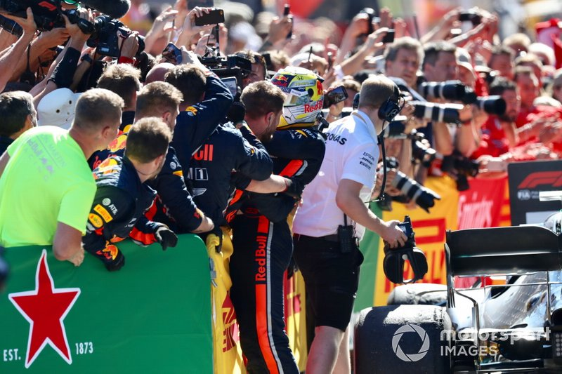 Max Verstappen, Red Bull Racing, 1st position, celebrates in Parc Ferme with his team